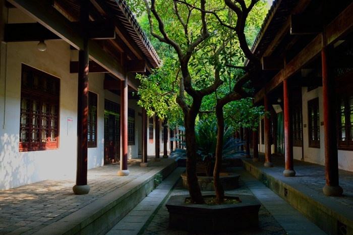 完整地展现了中国古代建筑气势图片