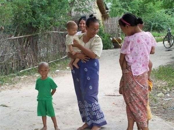 一组咱们的邻居缅甸农村真实场景