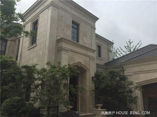 凤凰直播:大连主流媒体造访别墅标杆项目绿城杭州