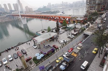 兰渝铁路从甘肃兰州始发至重庆北站终点的西北至西南