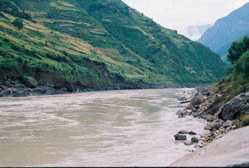 独立巨石之上的小山村 - 子泳 - 子泳WZ的博客
