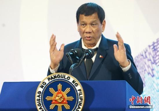 """旅游胜地长滩岛成""""粪池"""" 菲律宾总统勒令整治 否则关岛"""